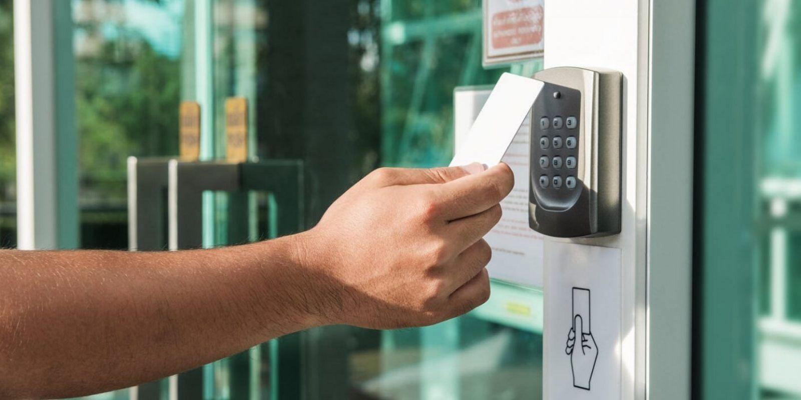 سیستم های امنیتی برای حفاظت از سنگ بنای راه حل کنترل دسترسی به تجارت